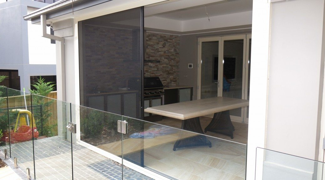 Centor Retractable screen